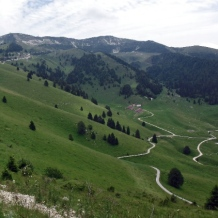 600px-valle-delle-bocchette-Monte-Grappa_Cycling-fonte-press-gara1